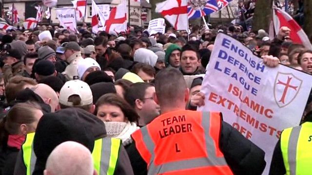 تظاهرة لعصبة الدفاع الإنجليزية