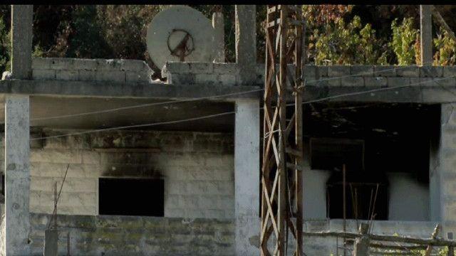 بيت محرترق من اللاذقية في سوريا