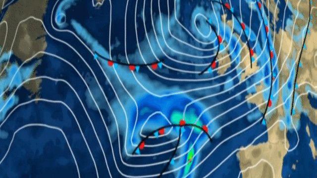 الارصاد الجوية تتوقع مرور العاصفة ليل الأحد إلى الإثنين