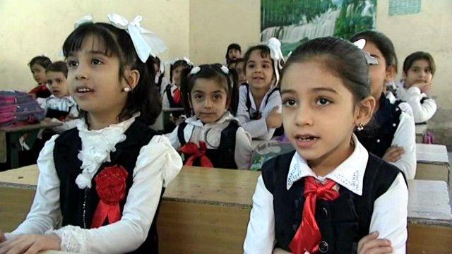 طالبات في مدرسة عراقية