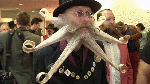 أحد المتسابقين في مسابقة أجمل شارب في ألمانيا