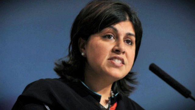 وزيرة شؤون الأديان في الحكومة البريطانية البارونة وارسي
