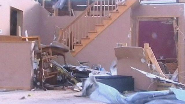 casa destruída por tornado