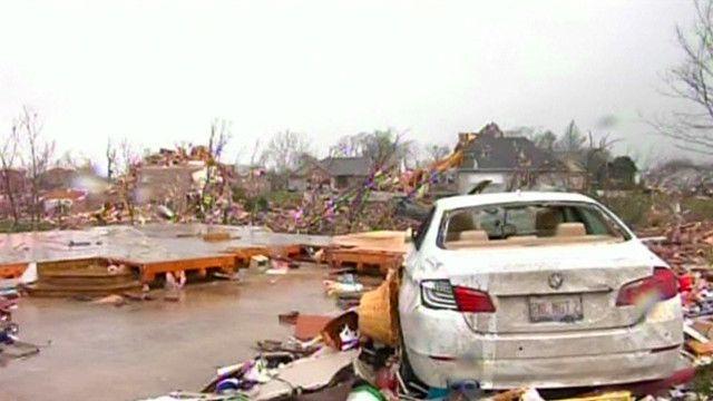 Последствия торнадо в Иллинойсе