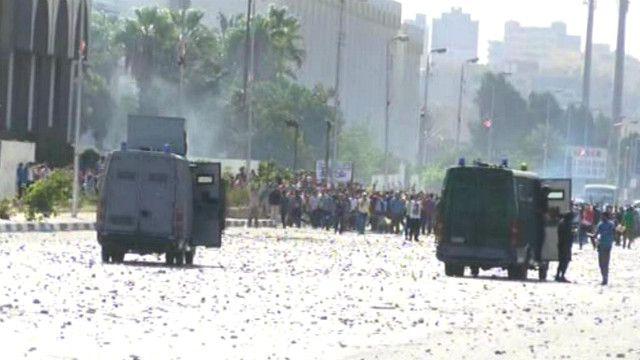 اشباكات بين طلبة الأزهر وقوات الأمن