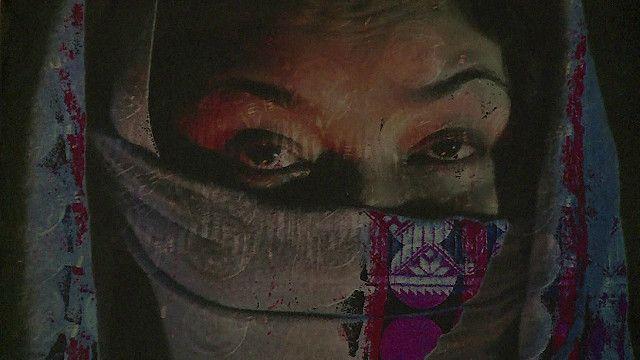 Arte moderna do Afeganistão, que consta da edição deste ano do Prêmio de Arte Contemporânea do Afeganistão (BBC)