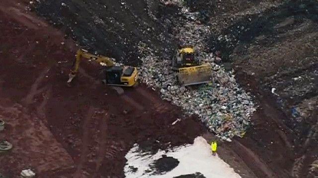 دفن النفايات