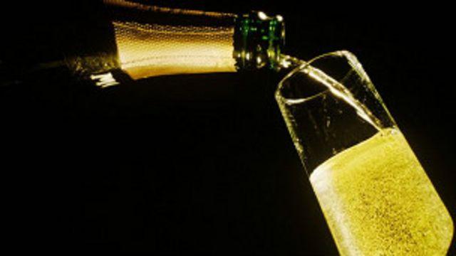 Por qué los que saben prefieren la champaña barata