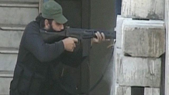 أحد المقاتلين من مناطق الاشتباكات في طرابلس