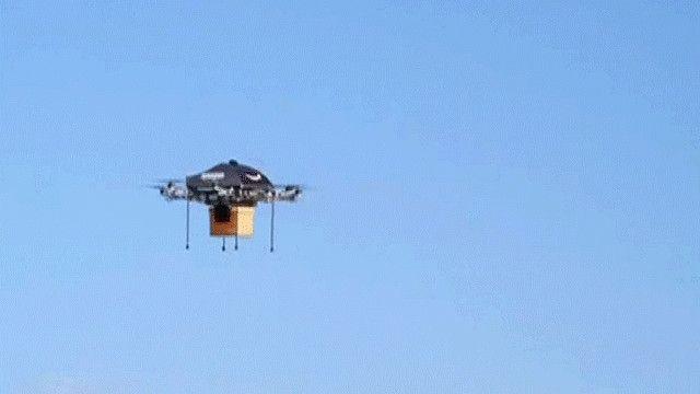 طائرة بدون طيار لتسليم البضائع