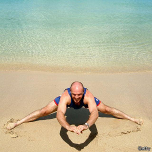 ¿Realmente hay que estirar antes y después de hacer ejercicio?