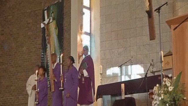 صلوات على روح نيلسون مانديلا في كنائس جنوب إفريقيا