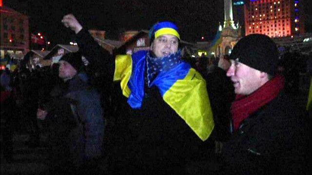 متظاهرين في ساحة الاستقلال في أوكرانيا