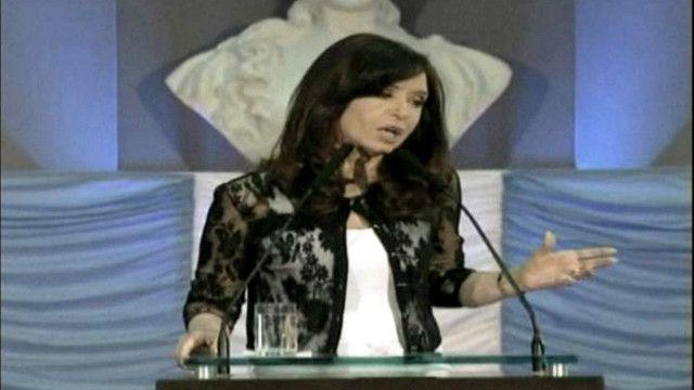 كريستينا فرنانديز الرئيسة الأرجنتينية
