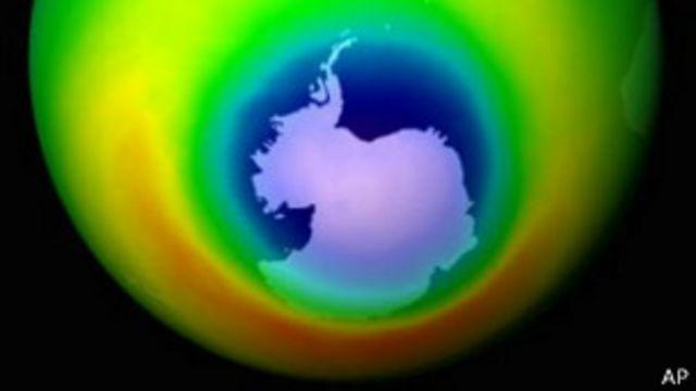 Descubren por qué el agujero de la capa de ozono cambia de tamaño