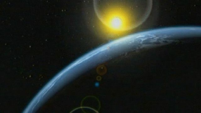 صورة للقمر يدور حول الأرض