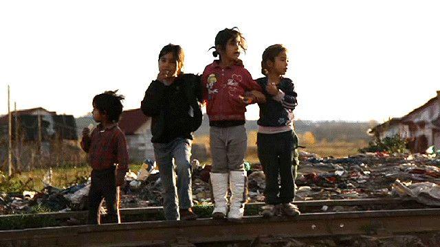 اطفال من الغجر