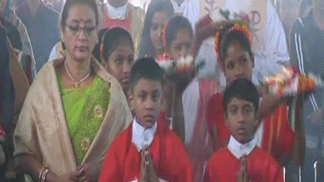 عيد الميلاد في كنيسة في بنغلاديش