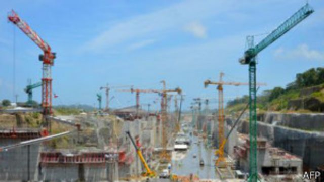 Canal de Panamá: Martinelli exigirá que las empresas cumplan su contrato