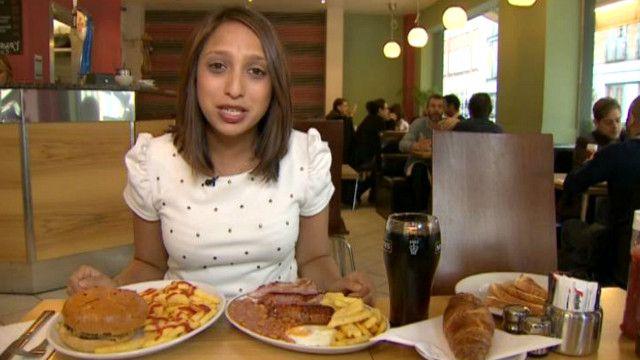 باحثون يدعون لفرض ضرائب على الأغذية الدهنية