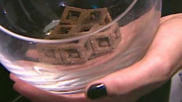 طابعات ثلاثية الأبعاد تصنع الحلوى والشوكولاتة