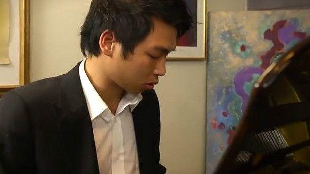 Sinh viên Dương Minh Tuấn - ảnh từ video về anh trên YouTube