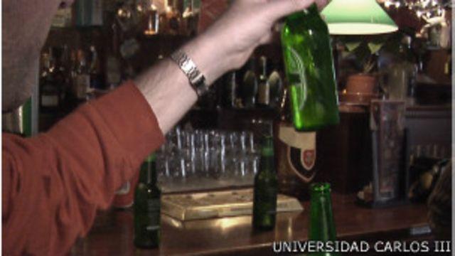 Por qué se desborda la espuma de la cerveza