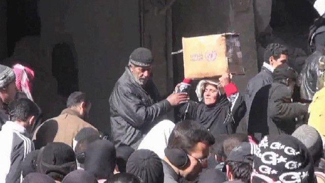 فلسطينيون من مخيم اليرموك