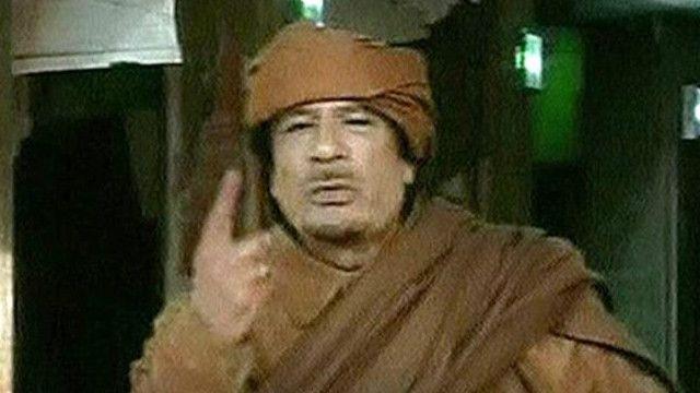 القذافي نعت بالثوار بالجرذان