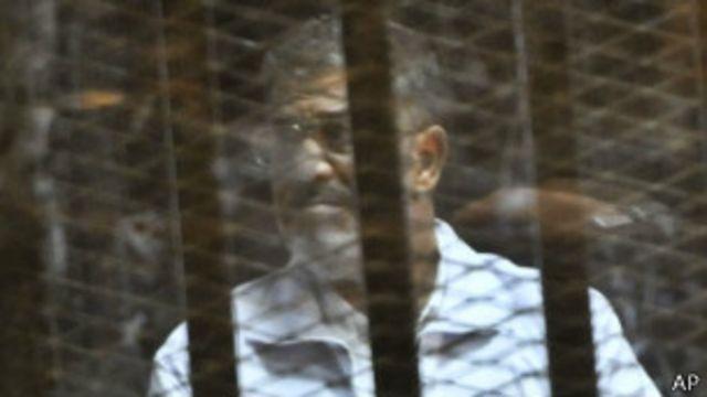 Egipto: acusan a Morsi de filtrar secretos de estado