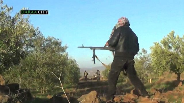 المعارضة السورية تعلن عن تقدمها في القنيطرة وريف حماة