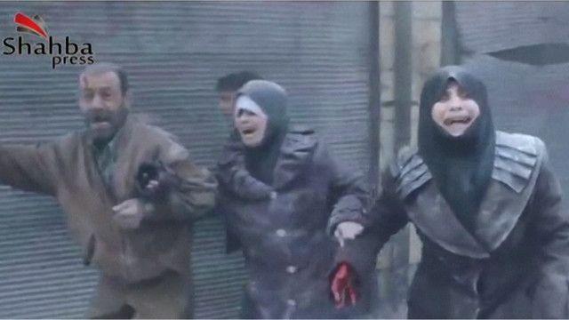 الطيران السوري  يقصف حلب بالبراميل المتفجرة ويقتل المئات