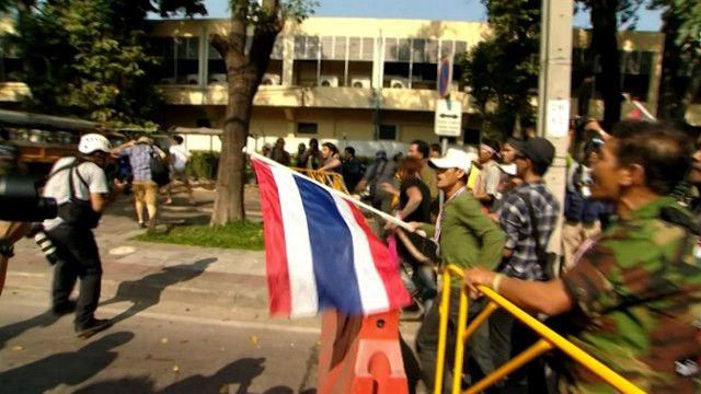 المعارضة التايلاندية تواصل الاحتجاجات رغم الانتخابات