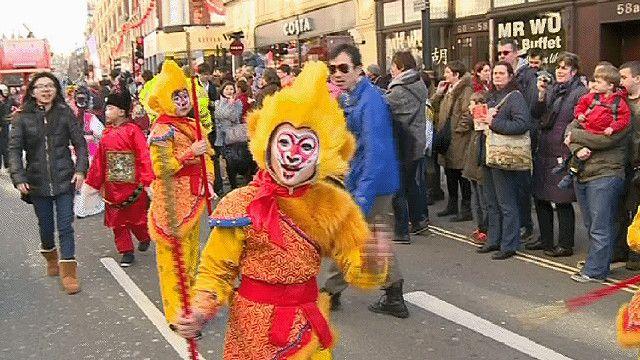 احتفالات رأس السنة الصينية في شوارع لندن