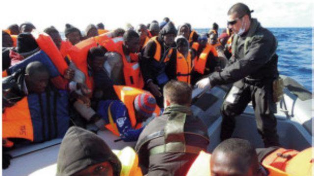 非洲移民海上大舉進軍意大利西班牙