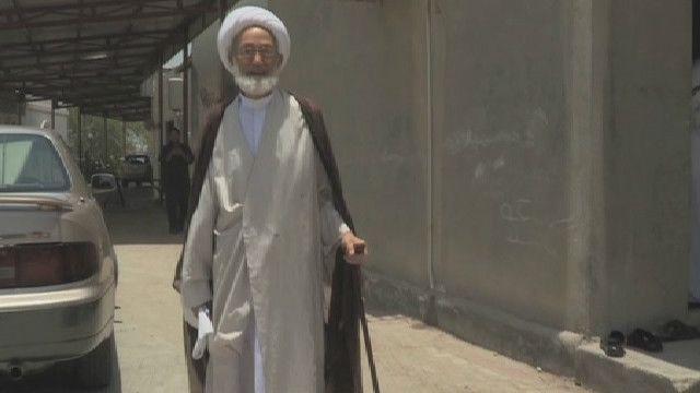 الشيخ عيسى قاسم يتهم بدفع شاب لمهاجمة الشرطة