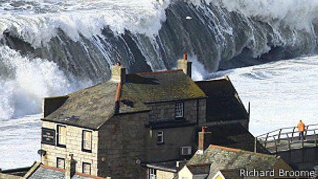 Reino Unido en alerta roja meteorológica por inundaciones