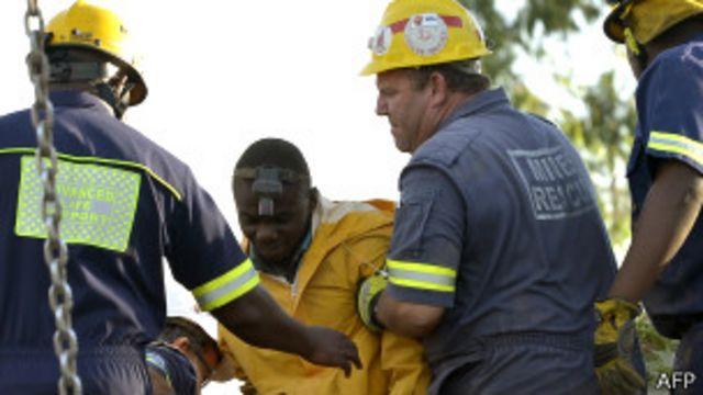 Los mineros atrapados que no quieren ser rescatados