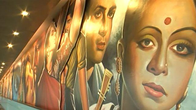 Exposição reúne 5 mil trabalhos de arte no aeroporto de Mumbai (BBC)