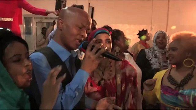الأنشطة الليلية تعود إلى العاصمة الصومالية
