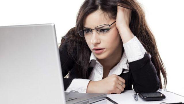 Cómo combatir el síndrome provocado por estar pegado a la pantalla