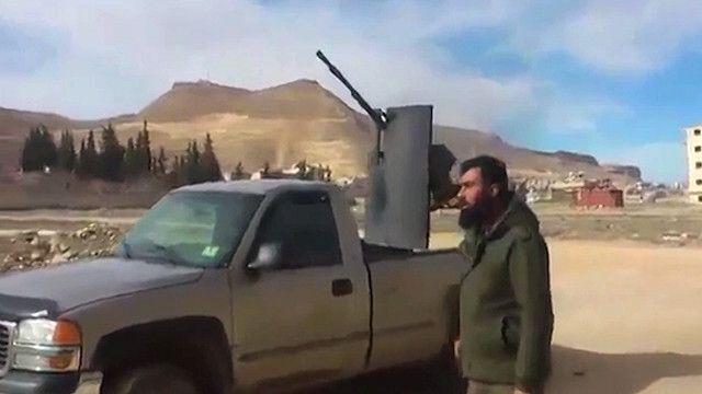 قصف صاروخي على مدينة يبرود
