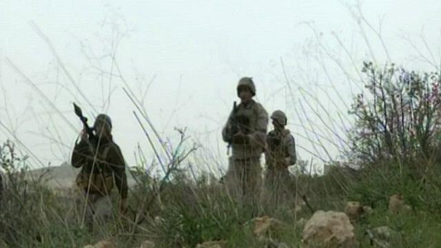 جندي لبناني على الحدود مع سوريا