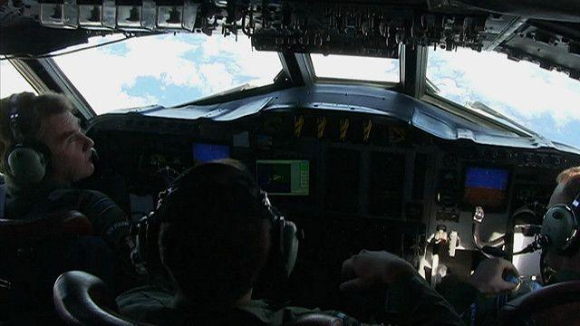 A tripulação da aeronave P3 Oryon (BBC)