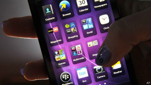 """ويندوز وأندرويد يستحدثان تطبيق """"قتل الهاتف"""" لمنع السرقة"""