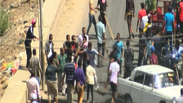 اشتباكات في شوارع اسوان