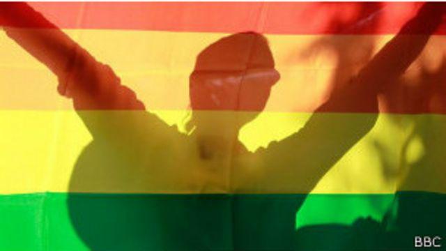 India reconoce la existencia del tercer género