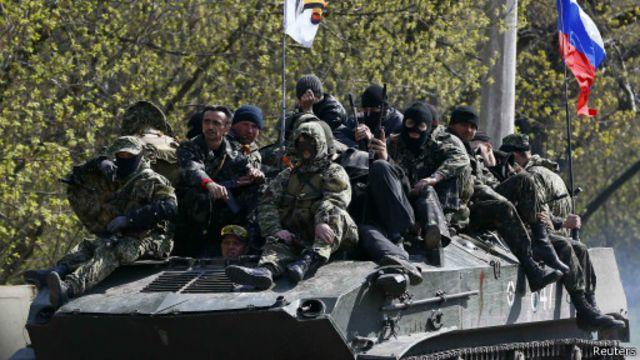 Активисты в Краматорске захватили украинские БТРы