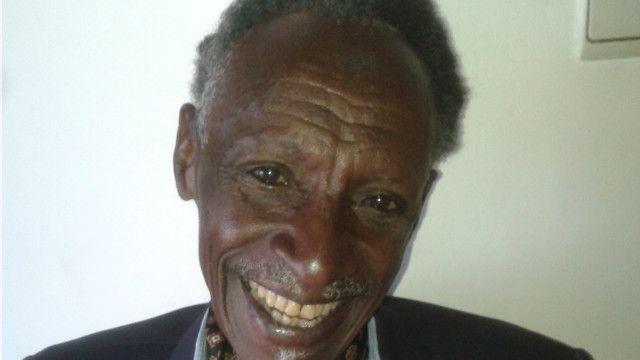 Soomaali ay hooyadii Tutsi tahay.
