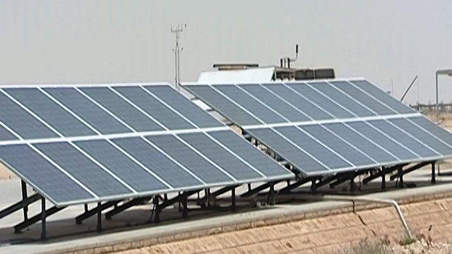 لوحات لانتاج الطاقة الشمسية